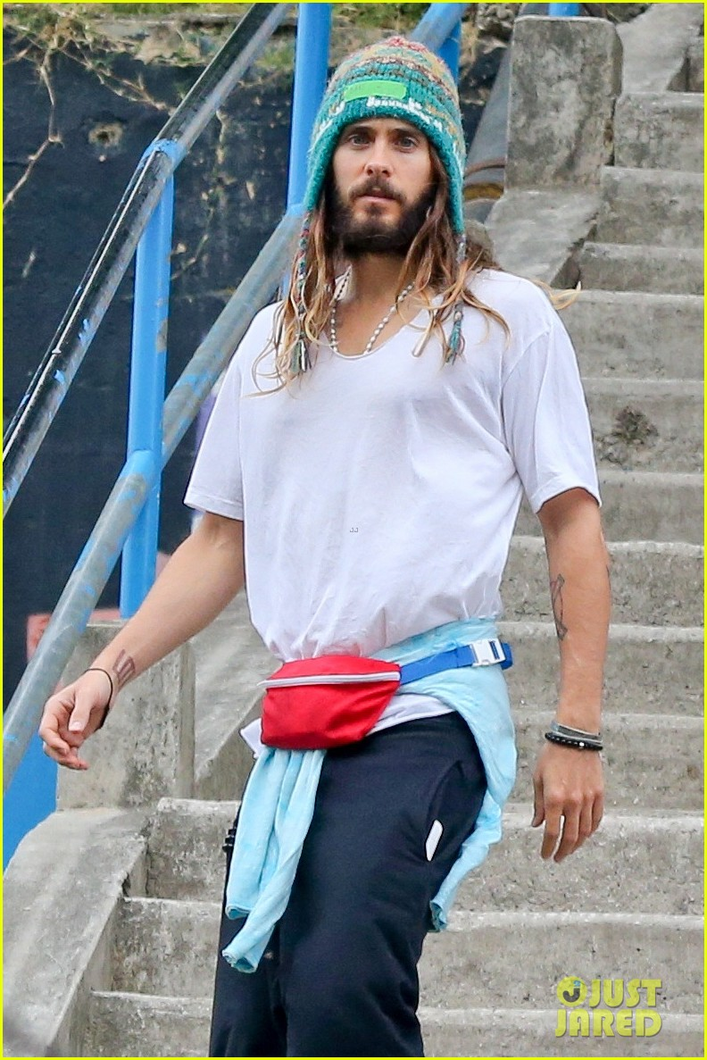 jared leto makes it cool to wear fanny back 023223366