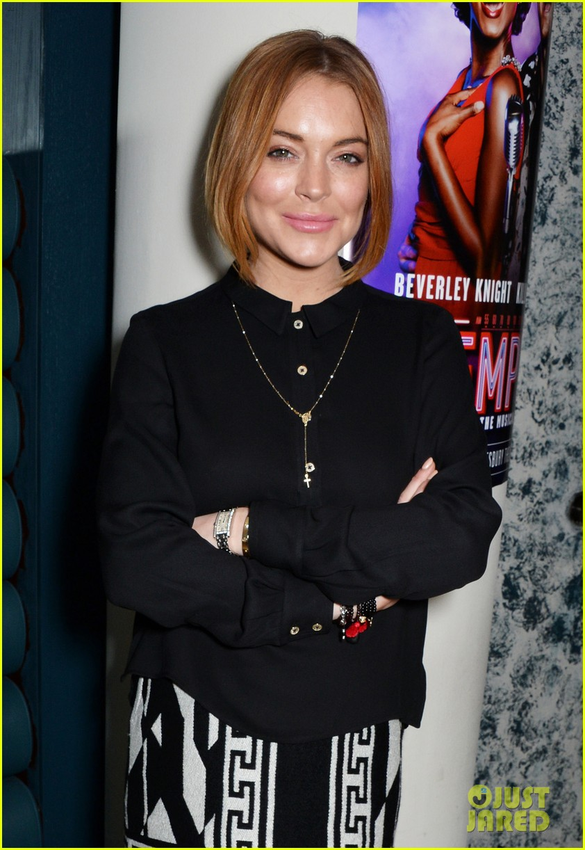 lindsay lohan goes topless after matinee performance 023226088
