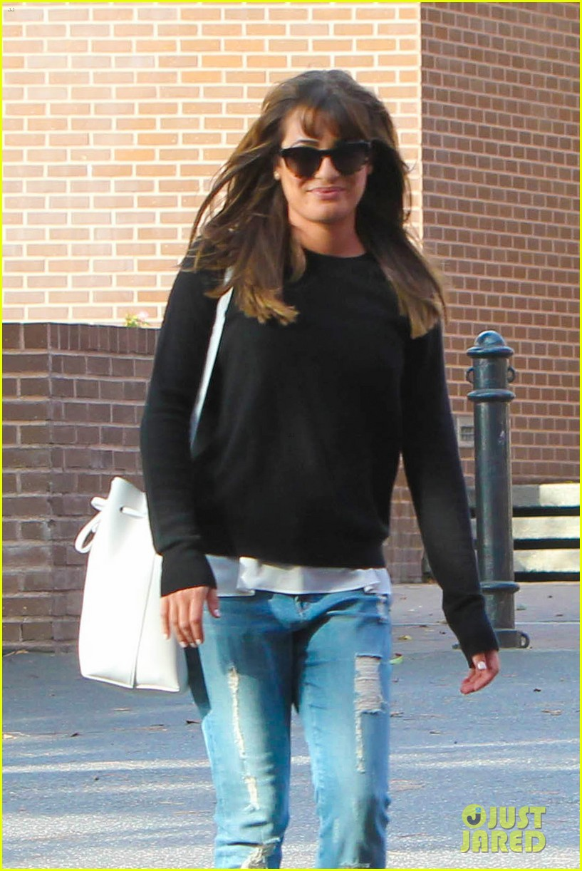 lea michele drops by police station before soa 043219225