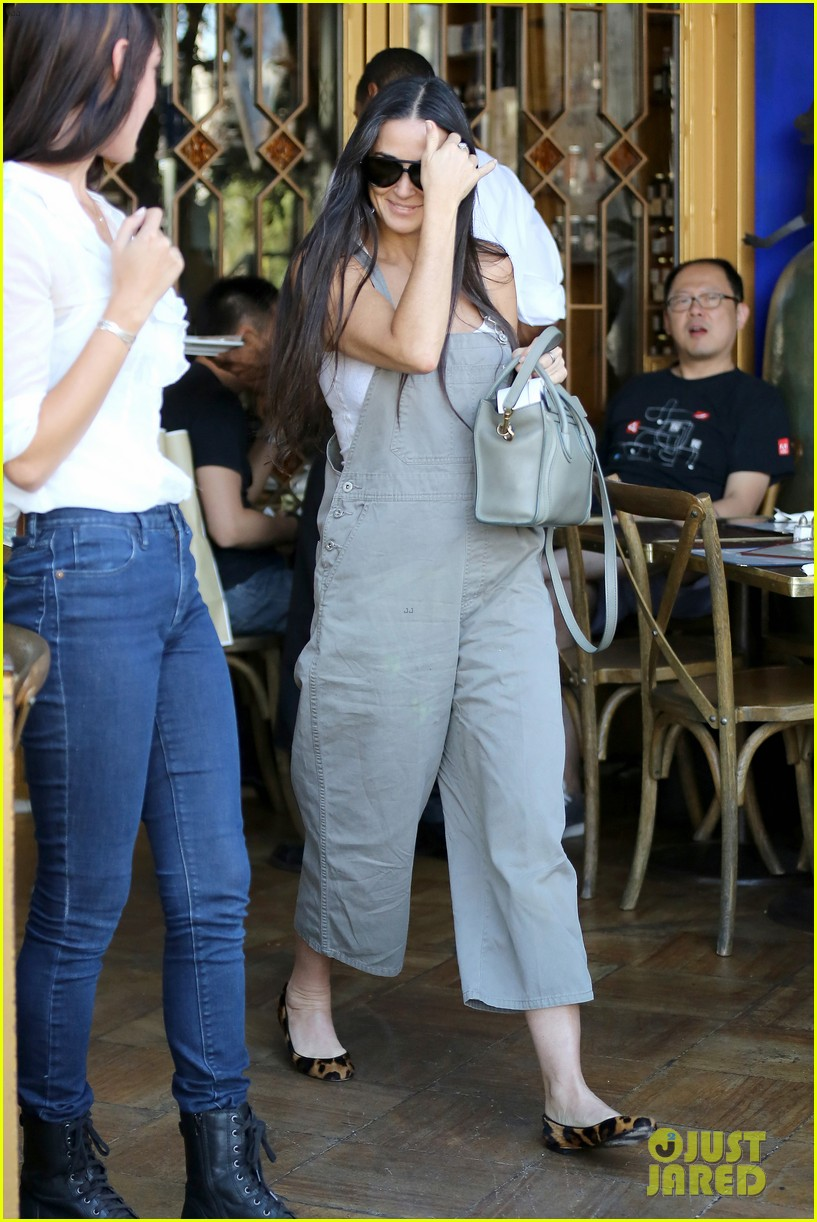 Bruce Willis and Demi Moore Reunite for Daughter's 30th ...