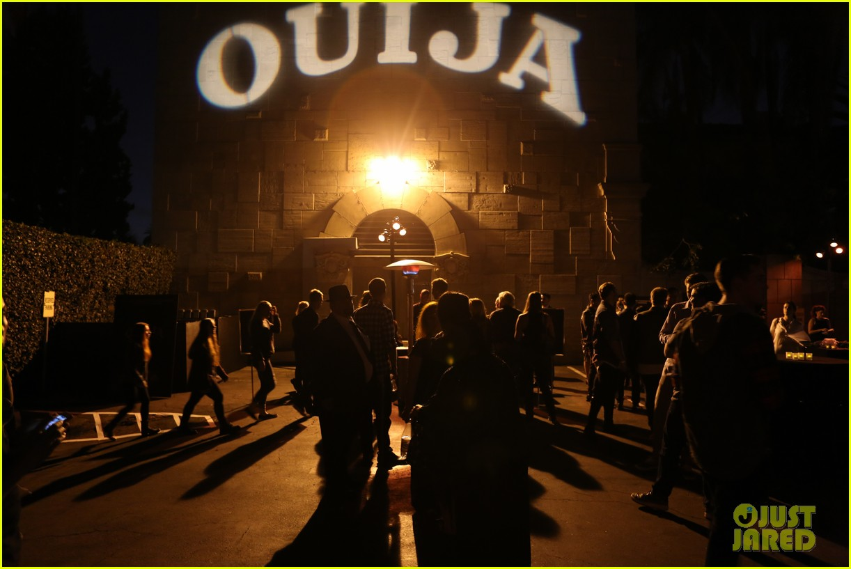 ouija cast joins spooky seance video 033223663