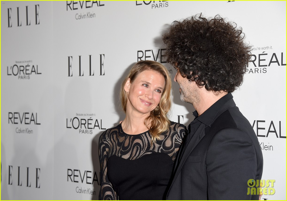renee zellweger elle women in hollywood event with boyfriend 173223748