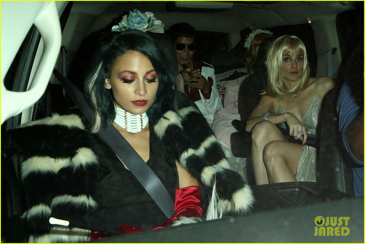 nicole richie rachel zoe tap into their evil side for halloween 2014 photo 3231441 2014 halloween maria menounos nicole richie rachel zoe pictures - Halloween On The Hudson