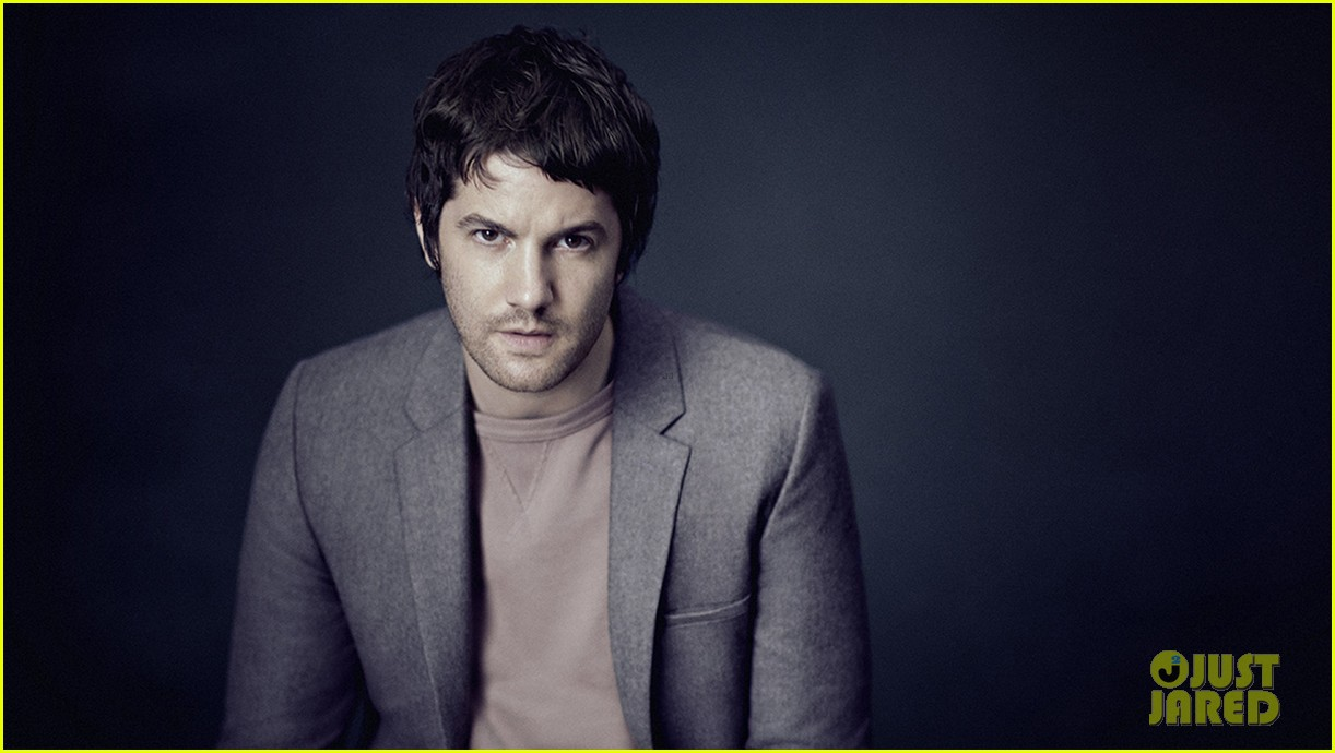 jim sturgess suave for mr porter 043229003