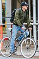 justin theroux dont pay attention to media scrutiny 01