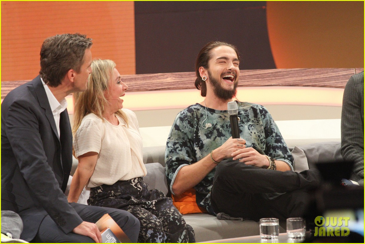 tokio hotels bill tom kaulitz promote new album on wetten dass 023211651