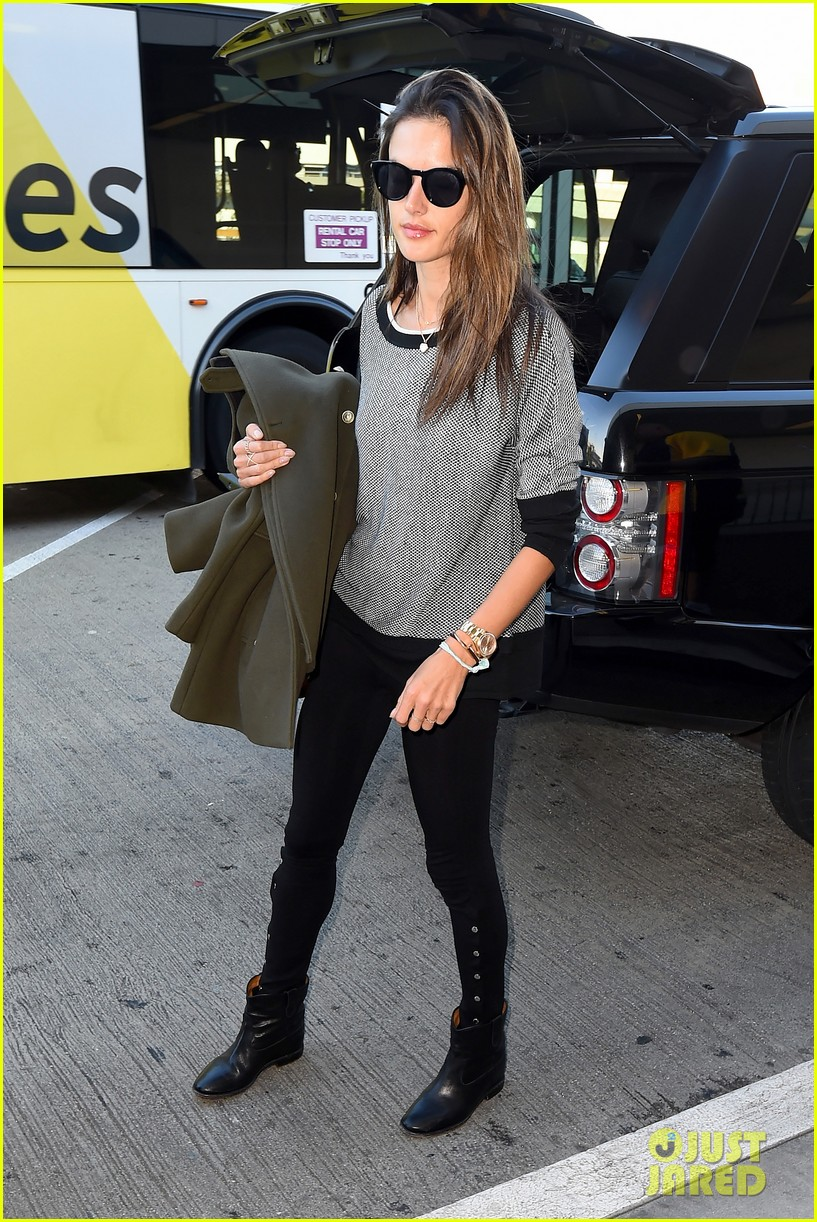 alessandra ambrosio at the sirport 133251761