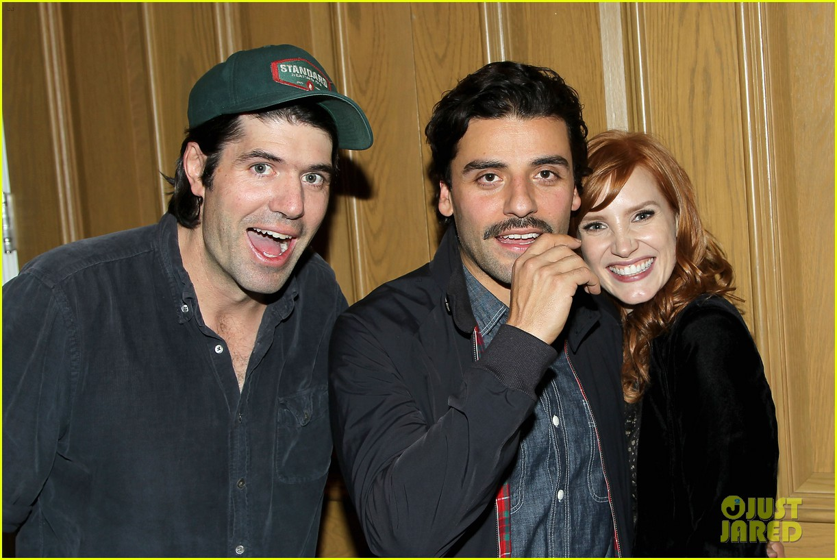 jessica chastain oscar isaac open up about bad auditions for a most violent year 033250183