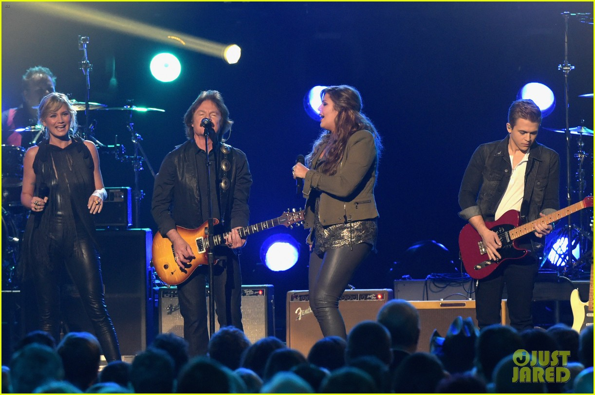 doobie brothers cma awards 2014 033236023