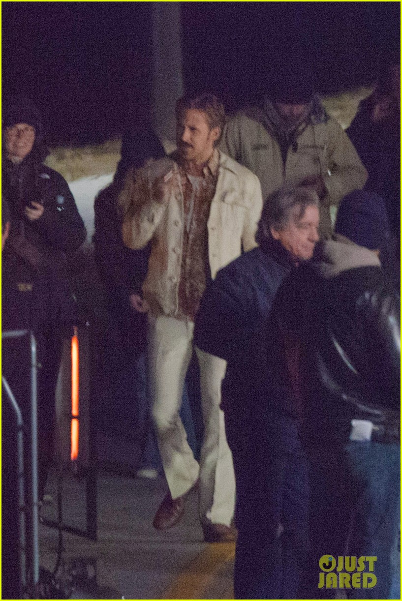 ryan gosling jets to los angeles after nice guys scenes 153243192