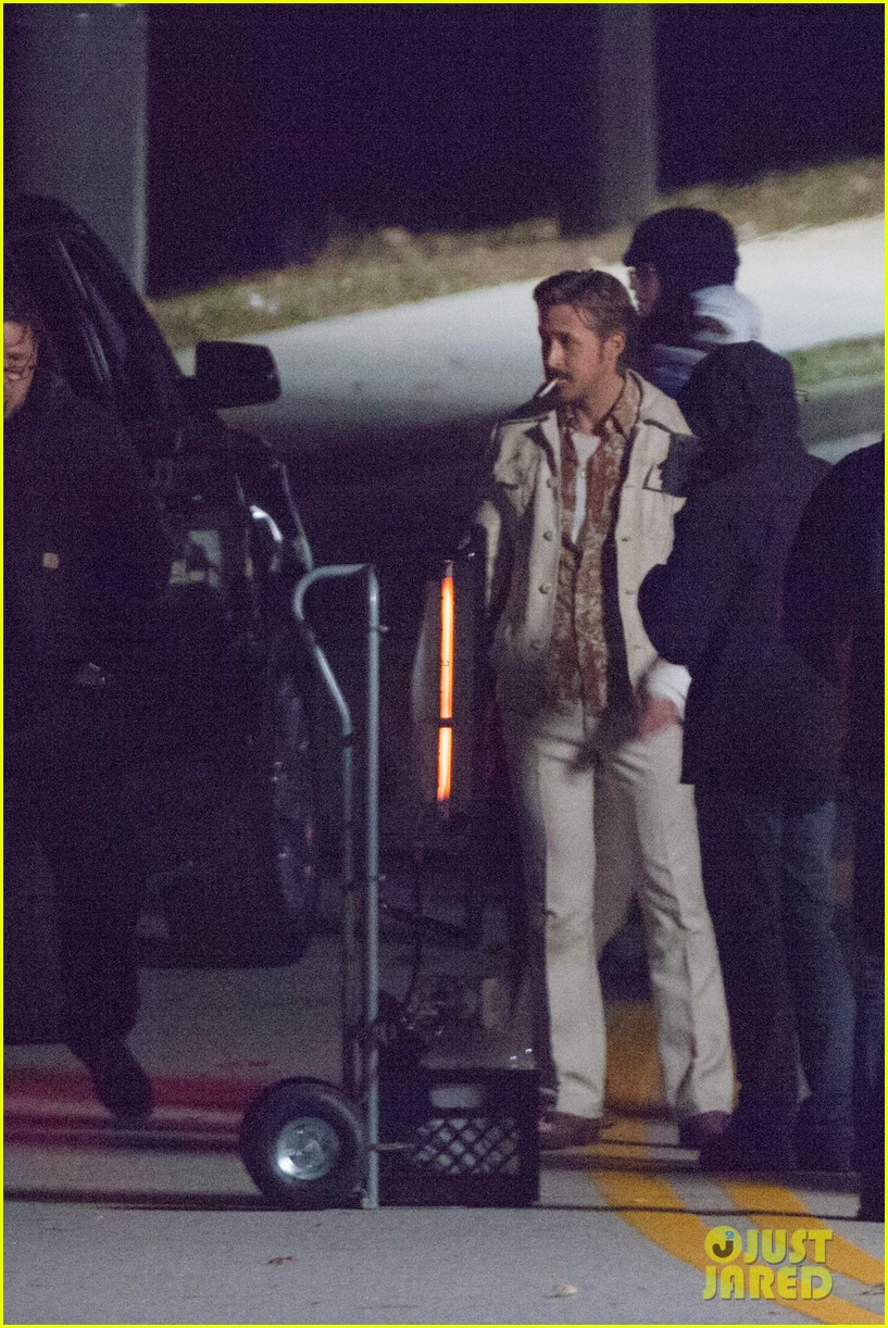 ryan gosling jets to los angeles after nice guys scenes 173243194