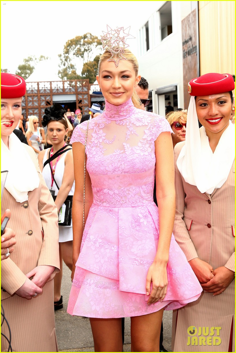 gigi hadid models the seasons best haute couture jewelry 063234498
