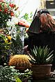 salma hayek goes flower shopping 11