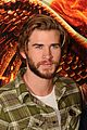jennifer lawrence liam hemsworth mockingjay photo call london 05