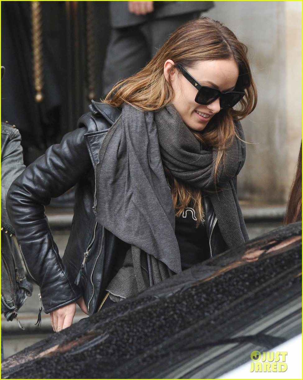justin theroux olivia wilde shopping london horrible bosses 173240702