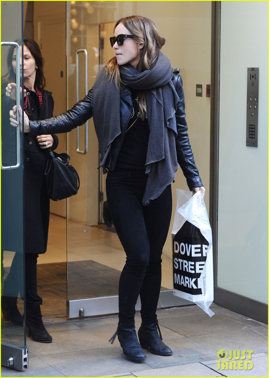 justin theroux olivia wilde shopping london horrible bosses 203240705