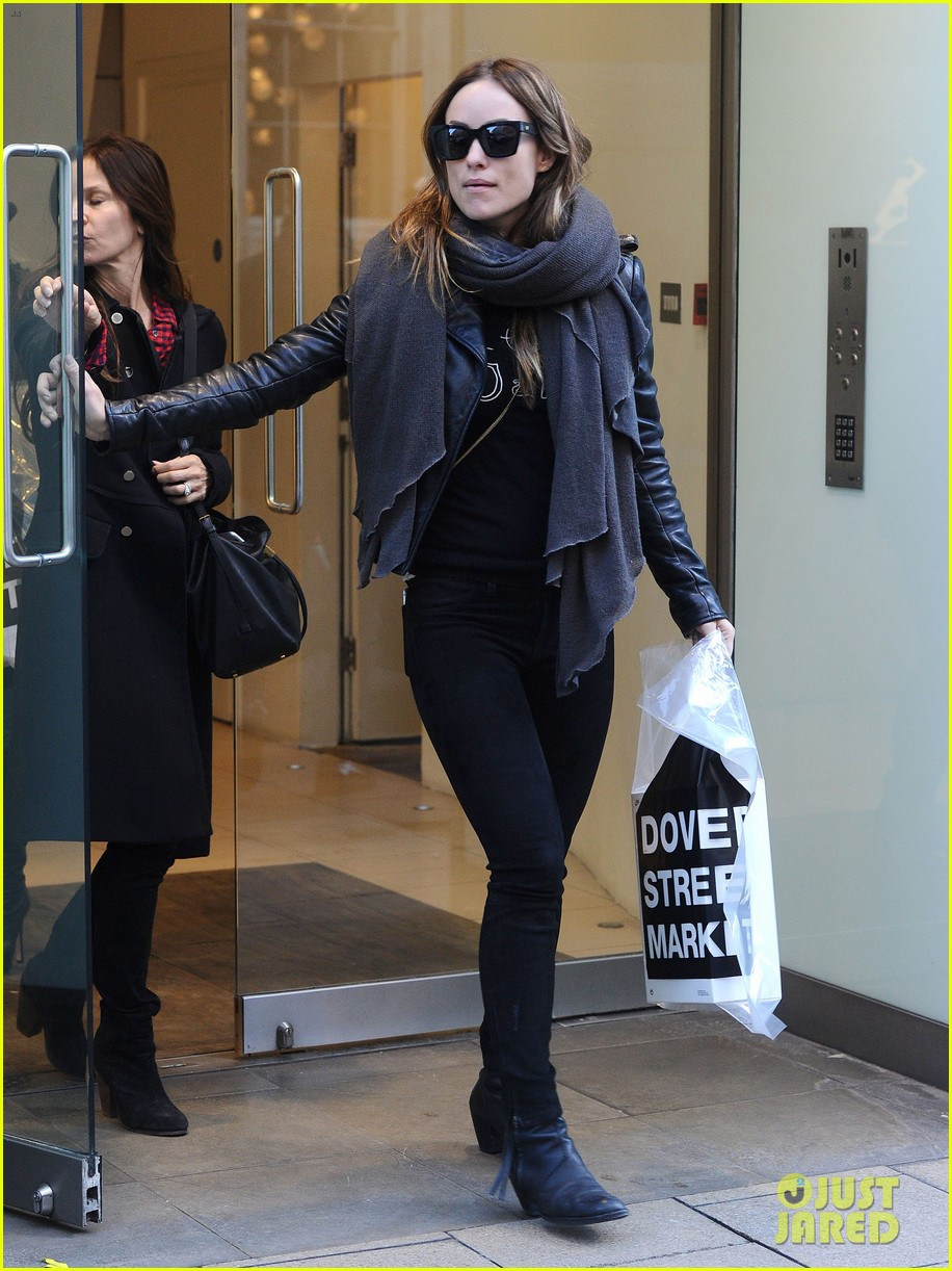 justin theroux olivia wilde shopping london horrible bosses 223240707