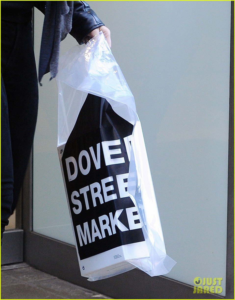 justin theroux olivia wilde shopping london horrible bosses 233240708