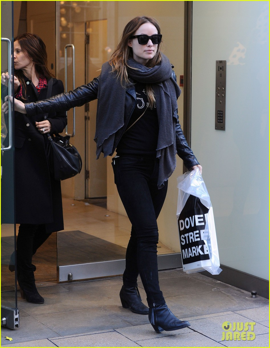 justin theroux olivia wilde shopping london horrible bosses 243240709
