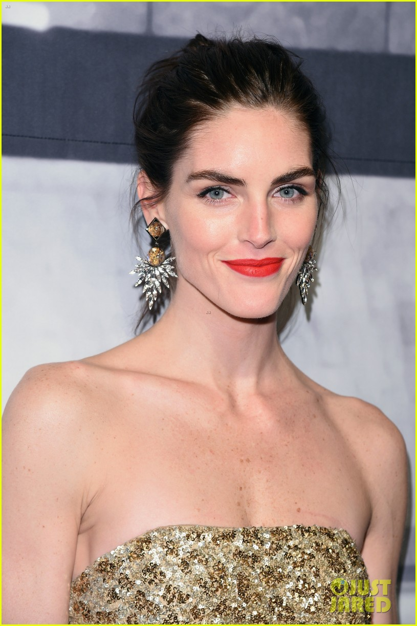 hilary rhoda fashion spot