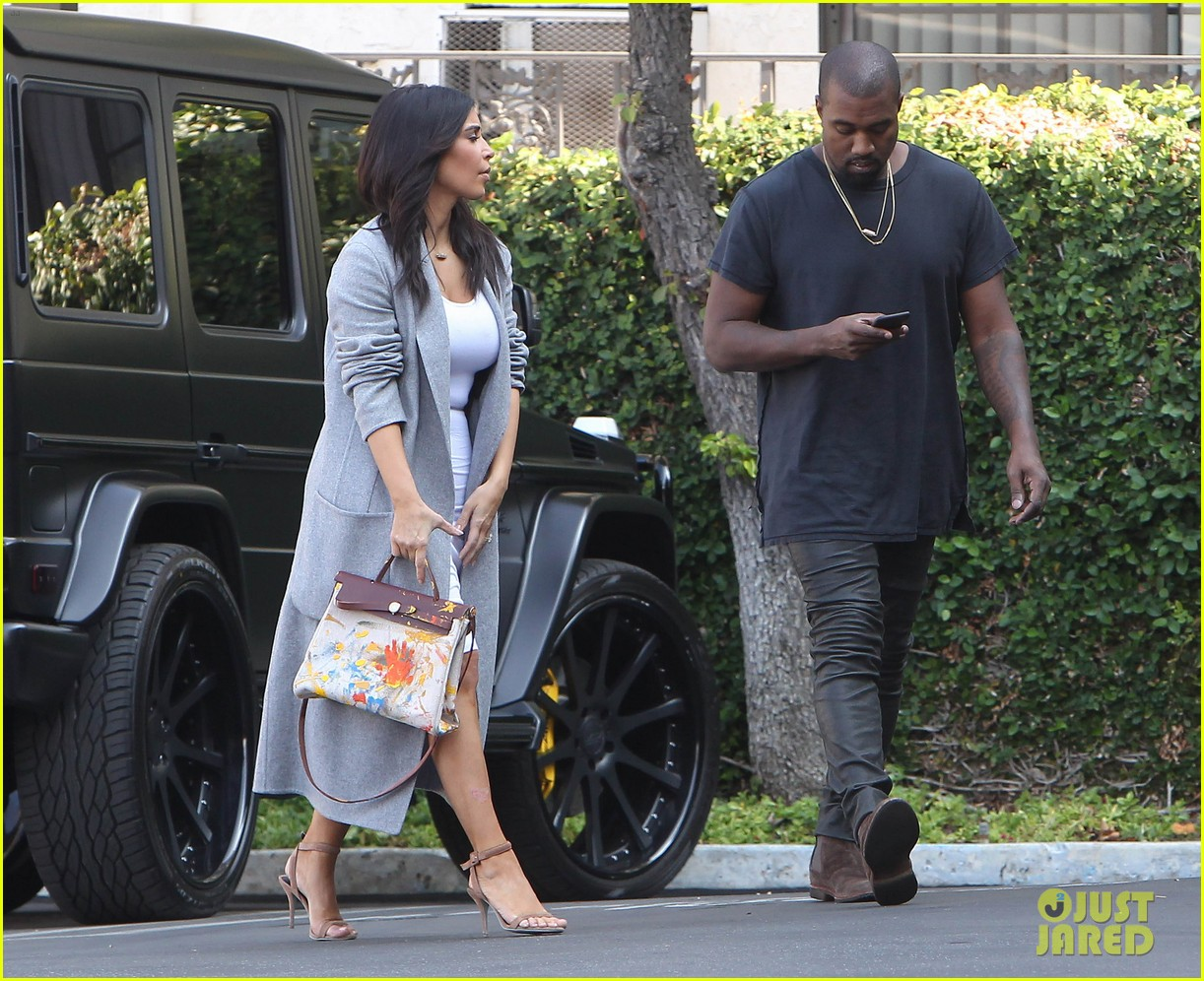 04baa8c7be7 See the Hermes Handbag North West Painted for Kim Kardashian s Birthday  Gift!