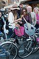sarah jessica parker rome italy bike 16