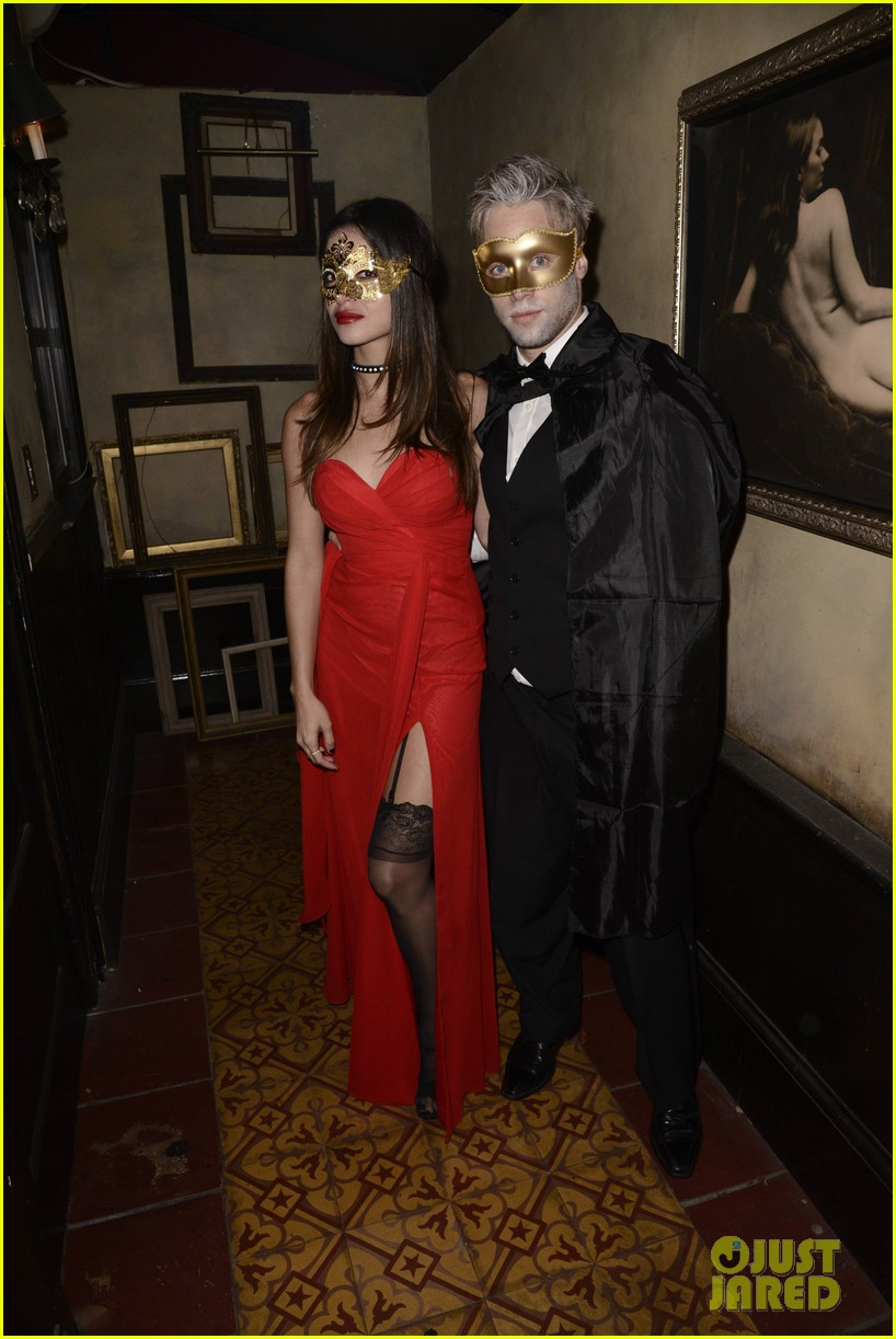 patrick schwarzenegger sister katherine keek out at justjareds halloween party 103233245