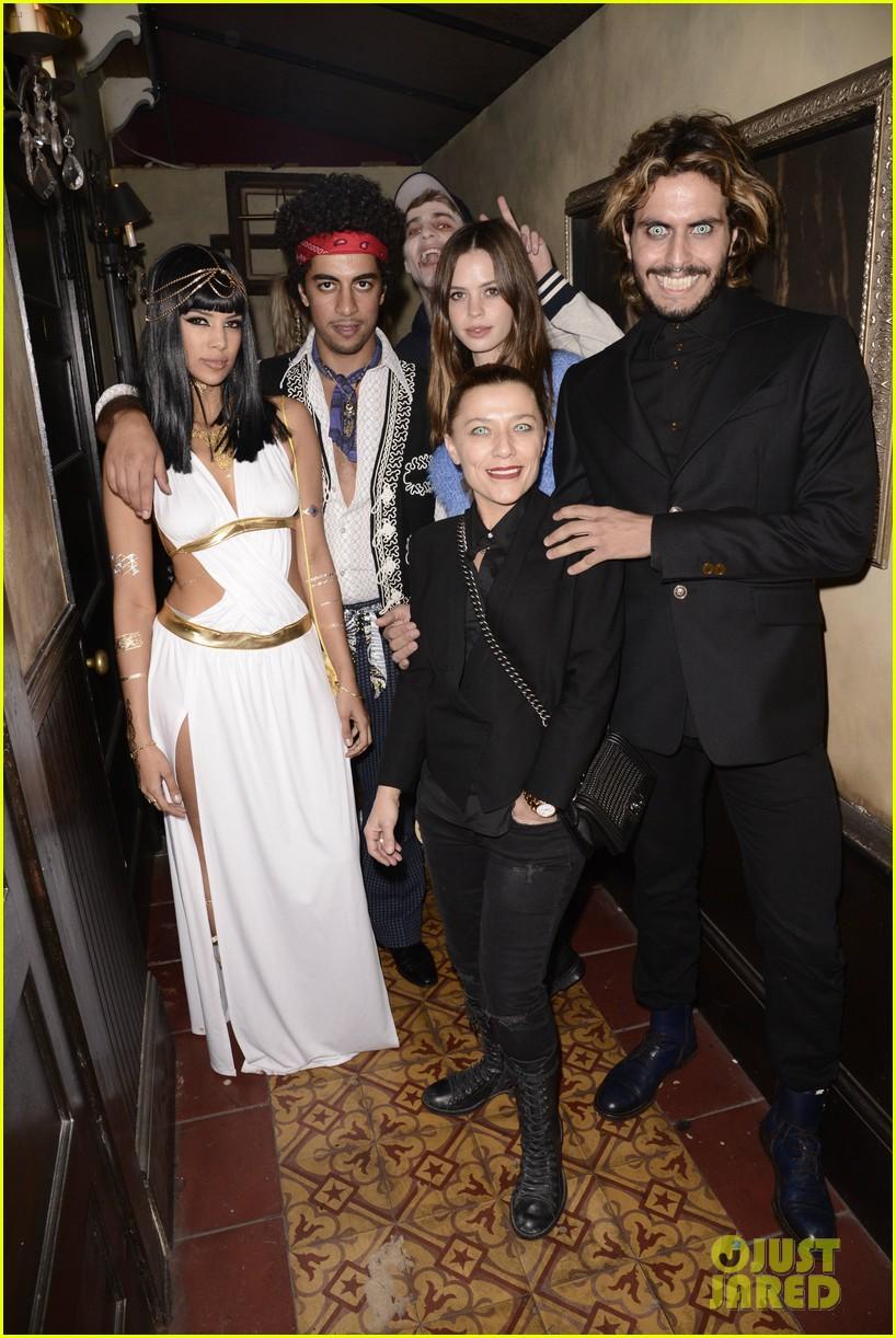 Nicola Peltz Braves the Boa at Just Jared's Freak Show Bash: Photo ...