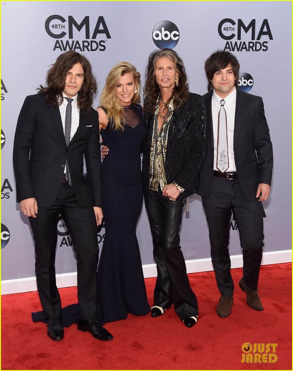band perry steven tyler meet cmas 2014 033235841