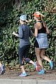 reese witherspoon goes for a jog 14
