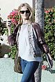 rosie huntington whiteley looks for new furniture 02