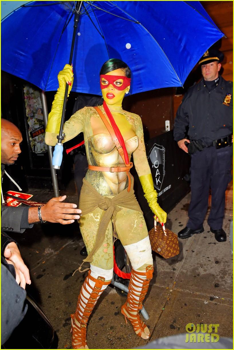 rihanna teenage mutant ninja turtles 053231990