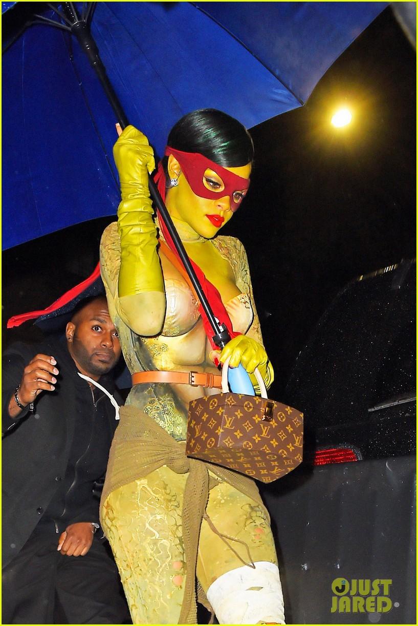 rihanna teenage mutant ninja turtles 073231992