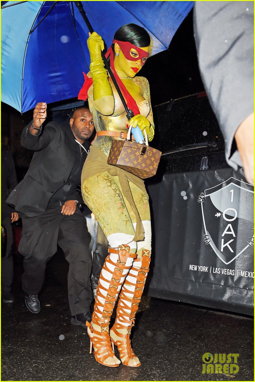 rihanna teenage mutant ninja turtles 093231994