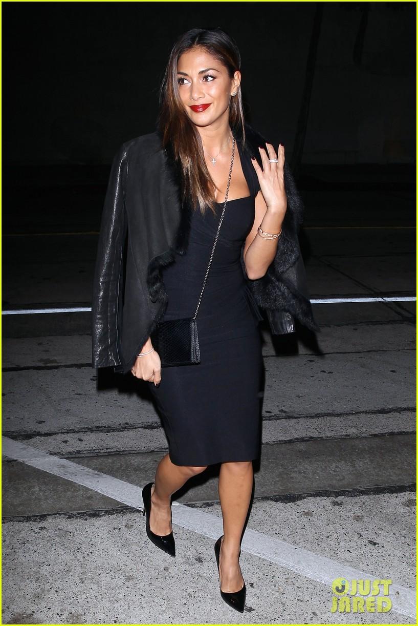 nicole scherzinger dons sexy black dress for craigs 013234611