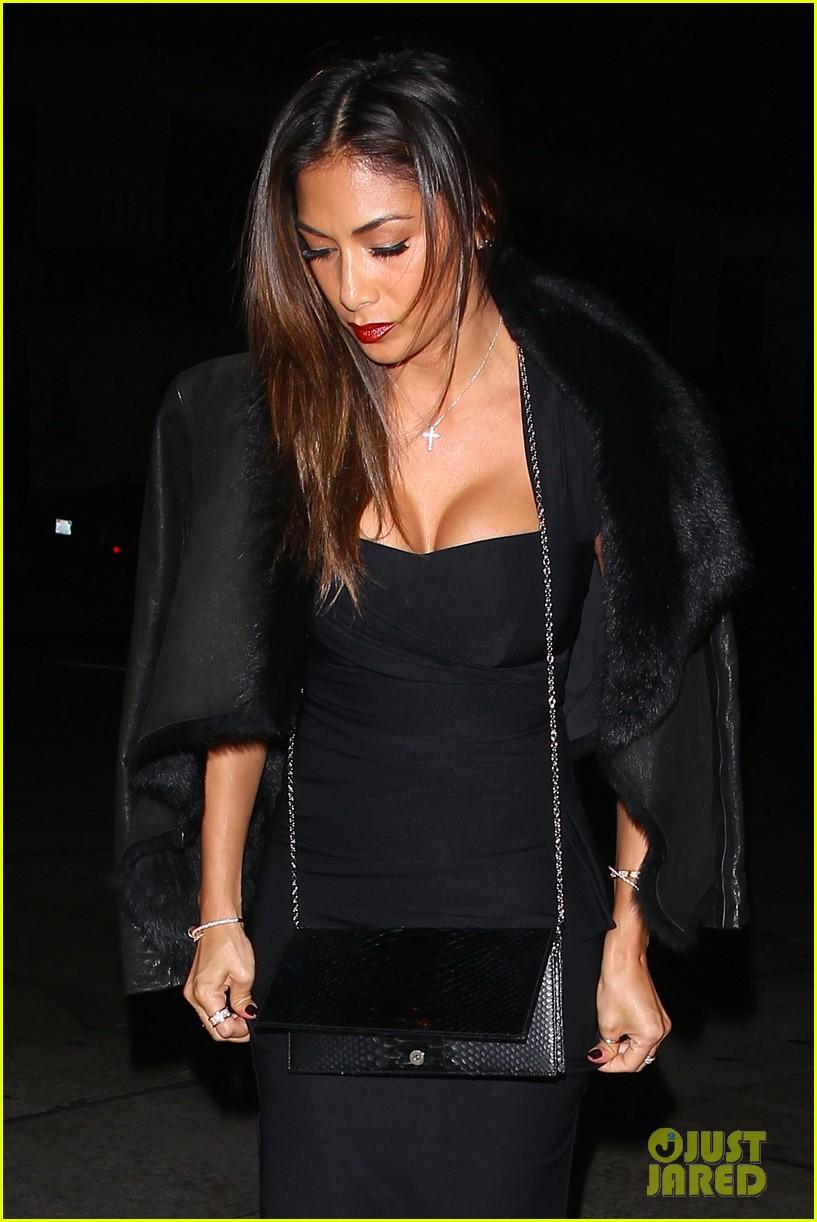 nicole scherzinger dons sexy black dress for craigs 023234612