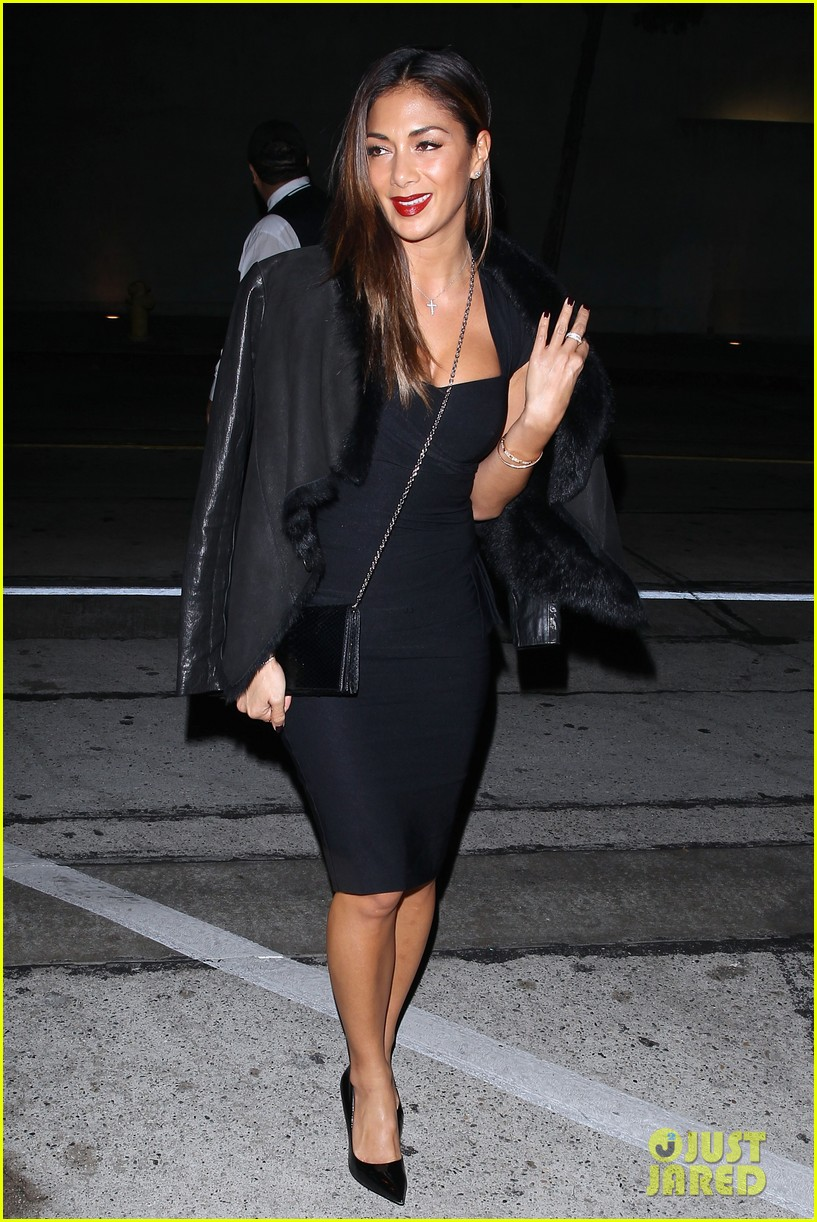 nicole scherzinger dons sexy black dress for craigs 083234618