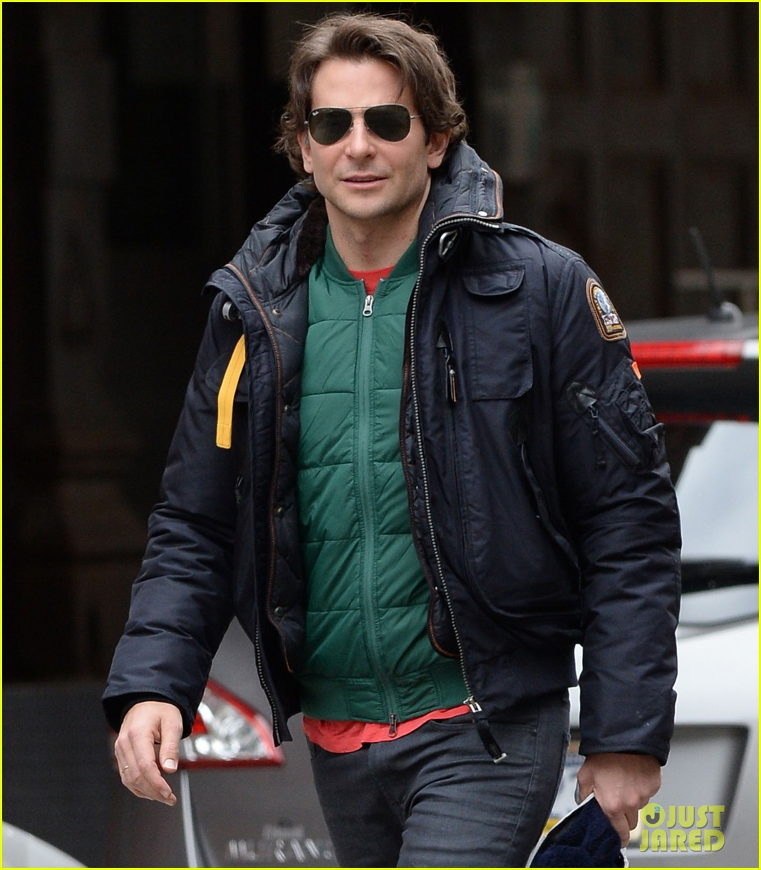 bradley cooper rides nyc subway the elephant man 023262087