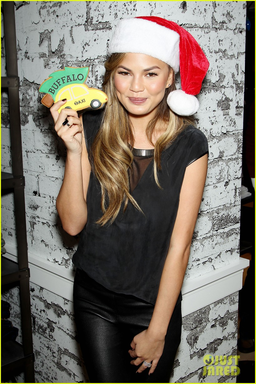 chrissy teigen never known to be eloquent 083260356