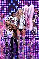 ariana grande smacked by angel wings 01