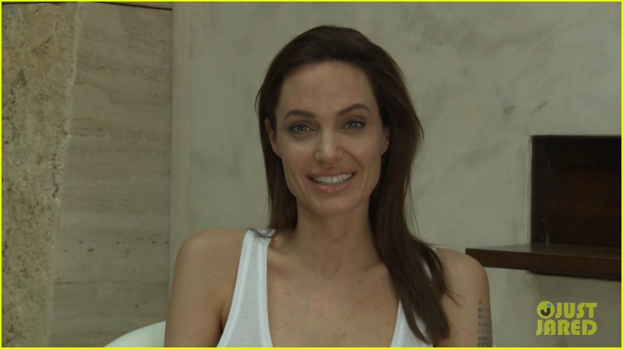 Angelina Jolie Has Chicken Pox, Sends Fans a Video Message Angelina Jolie