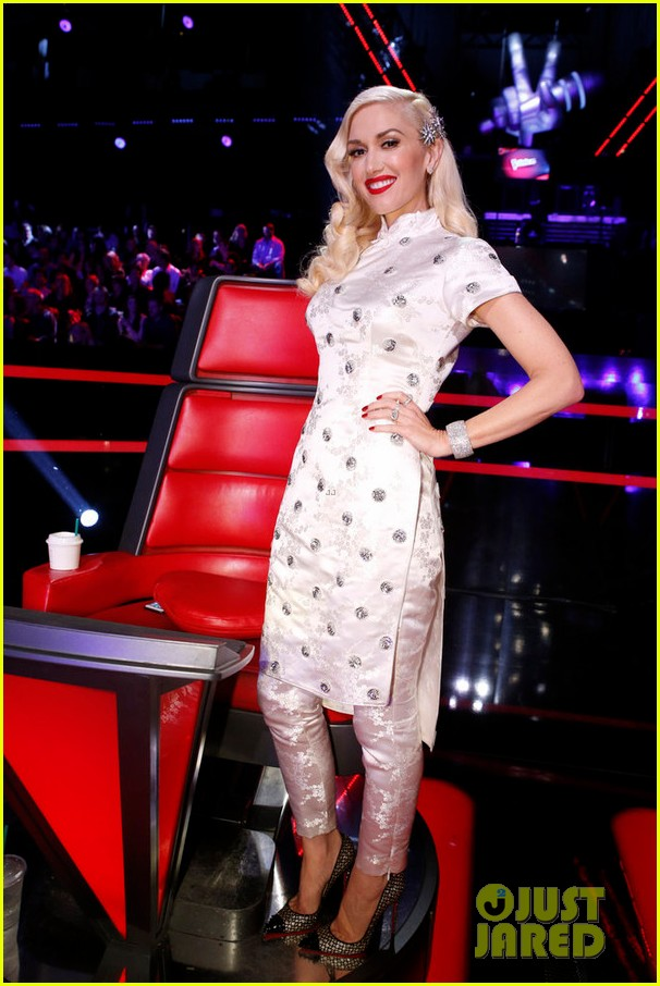 The Voice' Judges Perform a Christmas Song on Season Finale: Photo ...
