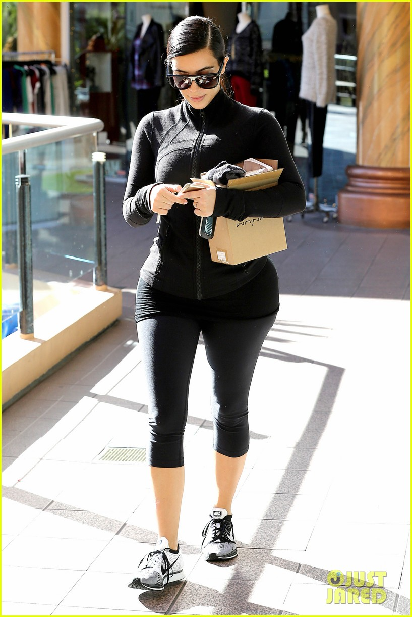 kim kardashian shocks us by wanting flat butt 153261529