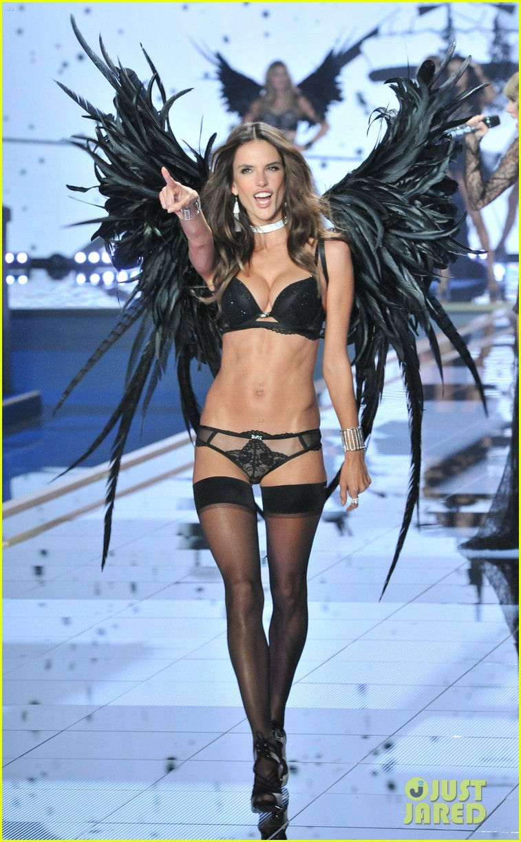 b172eaf458 Adriana Lima   Alessandra Ambrosio Hit Victoria s Secret Fashion Show Runway  Wearing the Fantasy Bras!
