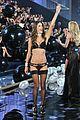 adriana lima alessandra ambrosio walk the runway in fantasy bras 06