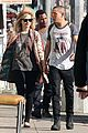 ashlee simpson evan ross sunday shopping sweethearts 01