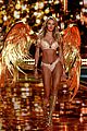 candice swanepoel lindsay ellingson victorias secret fashion show 2014 10