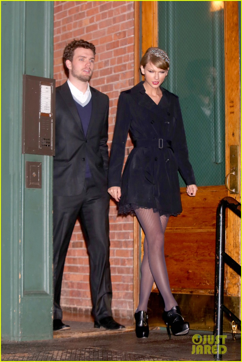 Taylor Swift Brother Austin Are The Best Dressed Siblings At Formal Holiday Dinner Photo 3267481 Austin Swift Taylor Swift Pictures Just Jared
