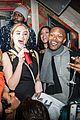 kate upton helps jamie foxx celebrate his 47th birthday at avenue 02