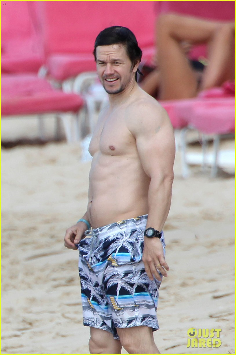 mark wahlberg body